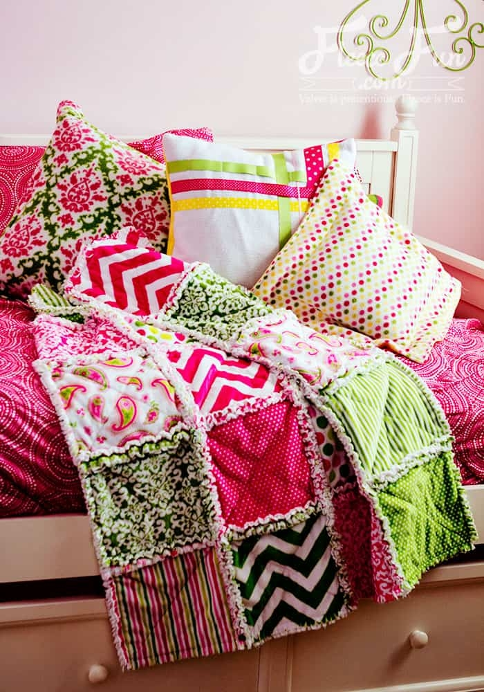 how to make a rag quilt easy beginners guide fleece fun Cool Perfect 10 Quilt Pattern Free
