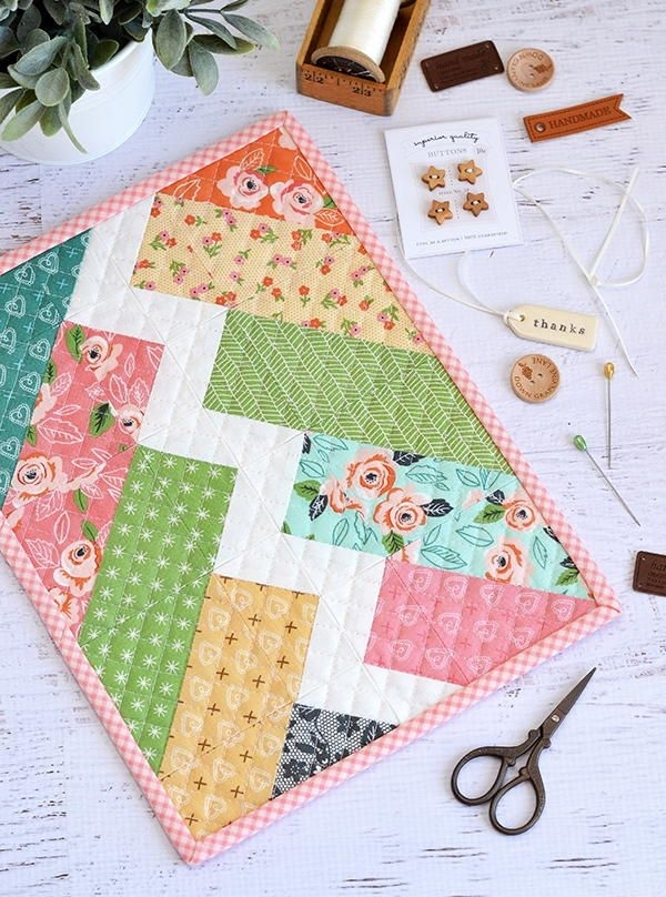 little bolt mini quilt pattern mini quilt patterns mini Tips For Sewing Mini Quilts Gallery
