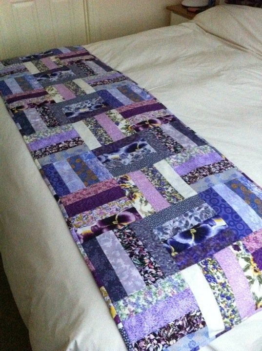 love this pattern for a bed runner crafts sewing bed Elegant Bed Runner Quilt Patterns