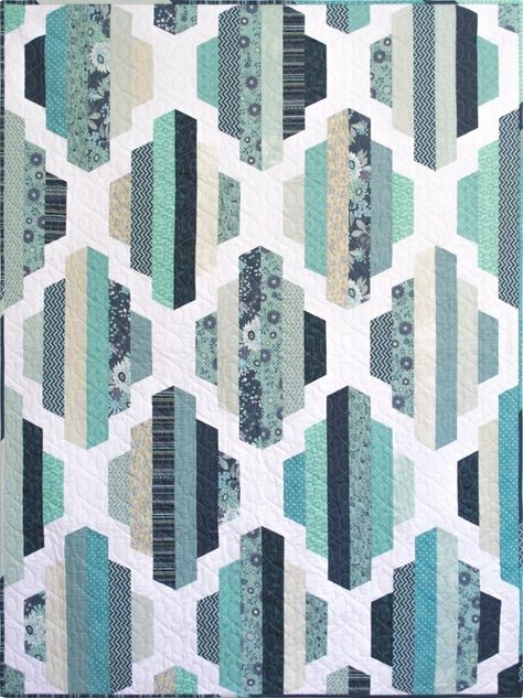 modern quilt pattern garden lattice 2 sizes craftsy Stylish Contemporary Quilt Patterns Inspirations