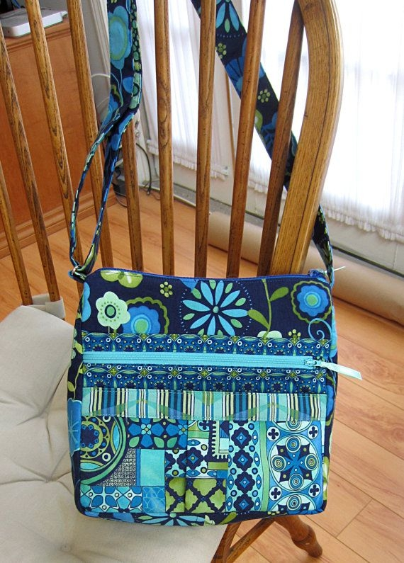 my easy going purse pdf sewing pattern tutorial for Modern Quilted Messenger Bag Pattern