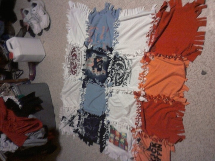 my t shirt blanket a t shirt quilt no sew on cut out Cozy No Sew Tshirt Quilt Gallery