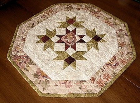 octagon quilted table topper pattern free pattern for Cool Quilted Table Topper Patterns Inspirations