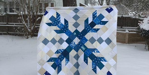 one giant snowflake makes a striking quilt quilting digest Cool Snowflake Quilting Pattern