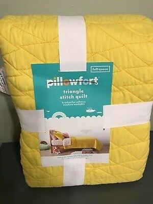 pillowfort triangle stitch quilt fullqueen yellow new oeko Modern Triangle Stitch Quilt And Sham Set Pillowfort Inspirations