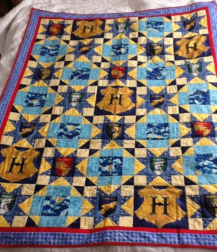 quilt number one harry potter quilt years ago i found the Cozy Fresh Harry Potter Quilt Fabric Inspirations