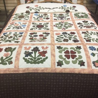 quilt patterns family farm handcrafts Modern Traditional Amish Quilt Patterns Gallery