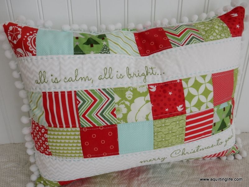 quilted christmas pillows moda fabrics love christmas Cool Quilted Pillows Patterns Inspirations