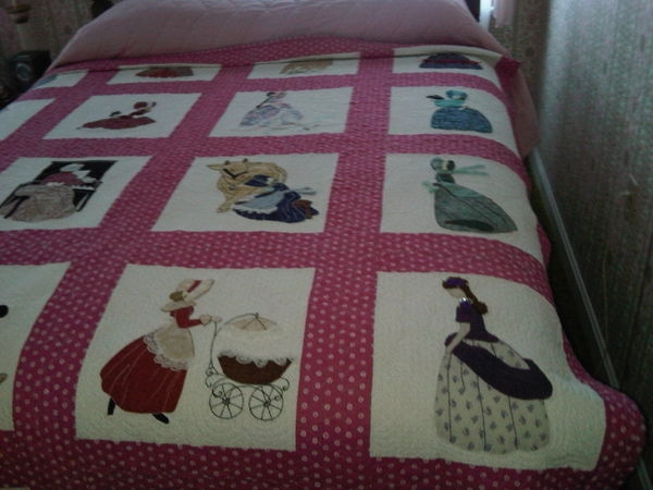 quilting board Cozy Bonnet Girl Quilt Pattern Inspirations