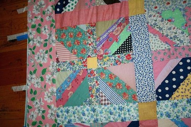quilts summer porch quilt pattern front porch blooms from Cozy Fig Tree Quilts Fresh Vintage Sewing