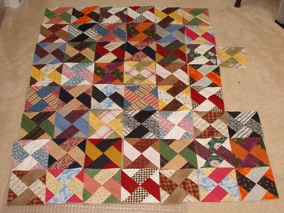 quiltvilles quips snips lucy comes tomorrow Interesting Twin Sisters Quilt Pattern