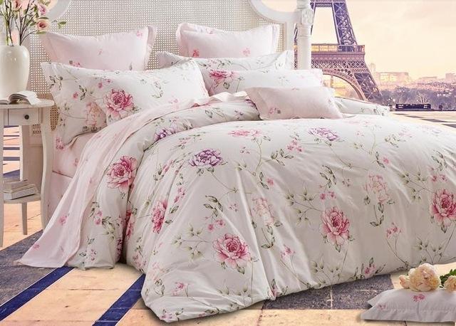 romantic american country style girls vintage floral bedding Cozy Country Living Classic Vintage Quilt Set