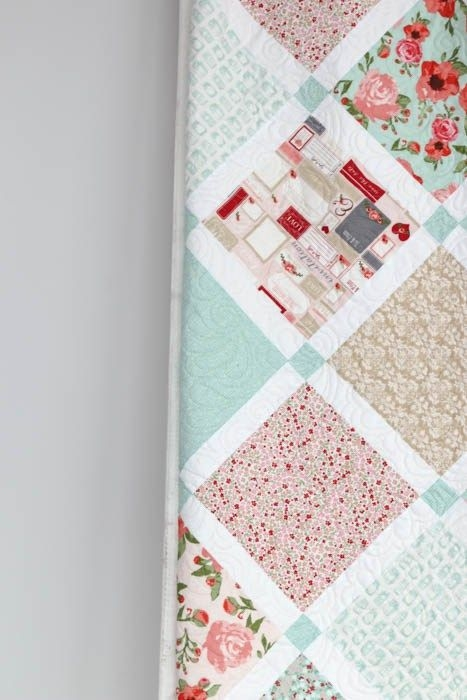 shab chic lattice quilt quilting bee lattice quilt Stylish Shabby Chic Quilt Pattern