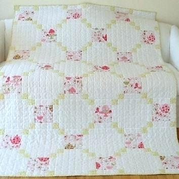shab chic quilts crececo Stylish Shabby Chic Quilt Pattern