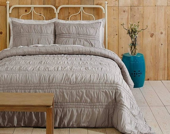 stylish country living classic vintage quilt set ideas Cozy Country Living Classic Vintage Quilt Set