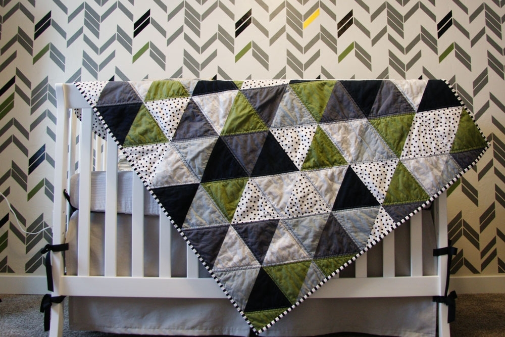 stylish triangle ba quilt ideas quilt design creations Elegant Triangle Baby Quilt Pattern Inspirations