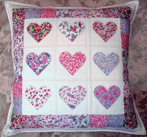 the best heart quilt designs patterns for valentines day Modern Heart Applique Quilt Patterns