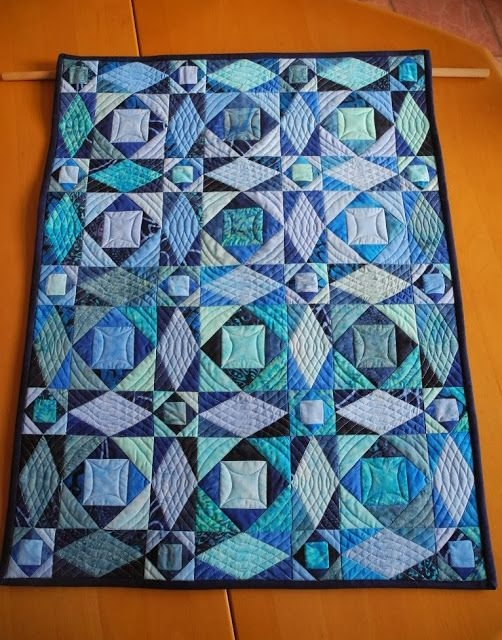 this is the best color combination for a storm at sea quilt Elegant Stormy Seas Quilt Pattern