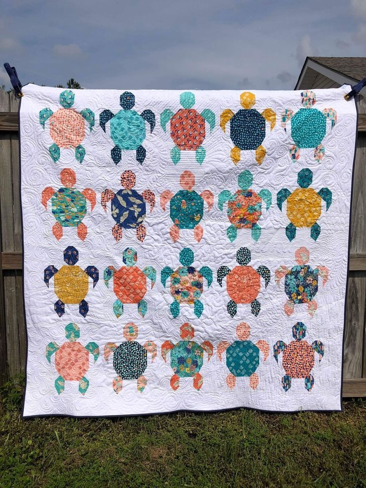 turtle quilt quilt ideas inspiration and patterns Unique Beautiful Turtle Baby Quilt Pattern Ideas Inspirations