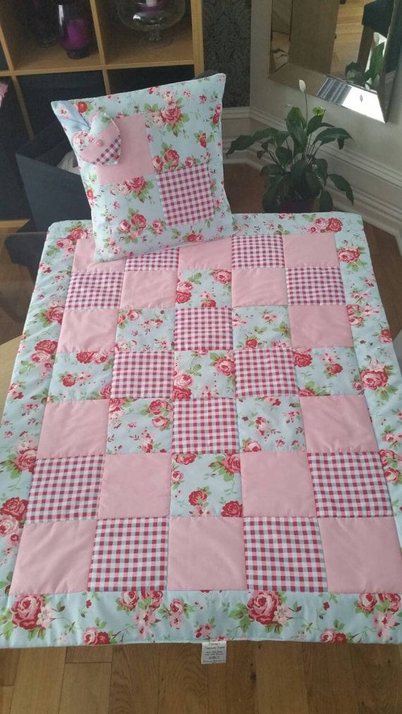 vintage style ba quilt cot quilt crib quilt true vintage Stylish Patchwork Cot Quilt Patterns Gallery