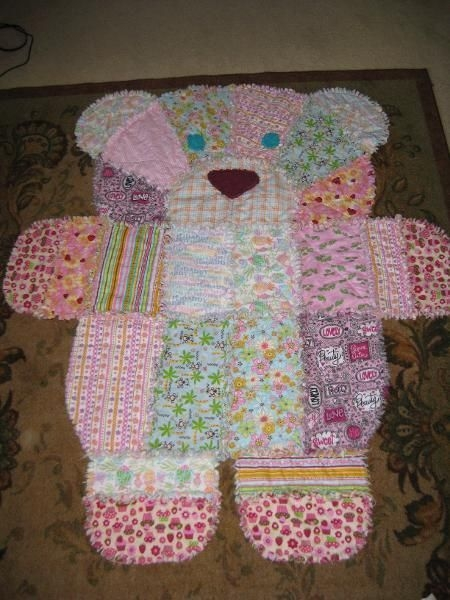 you will love this gorgeous teddy bear patchwork quilt that Cozy Teddy Bear Rag Quilt Pattern Gallery