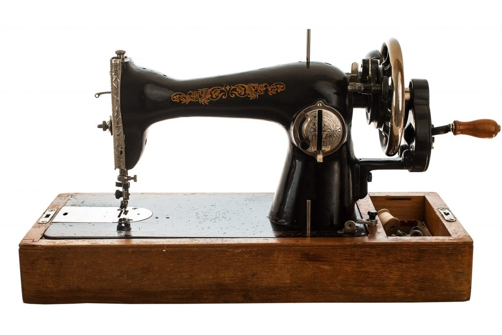 best singer sewing machines in 20192020 choose one Stylish Best Vintage Singer Sewing Machine For Quilting