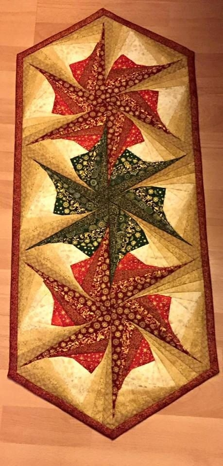 twisted log cabin poinsettia table runner pattern table Cozy Twisted Log Cabin Quilt Pattern Inspirations