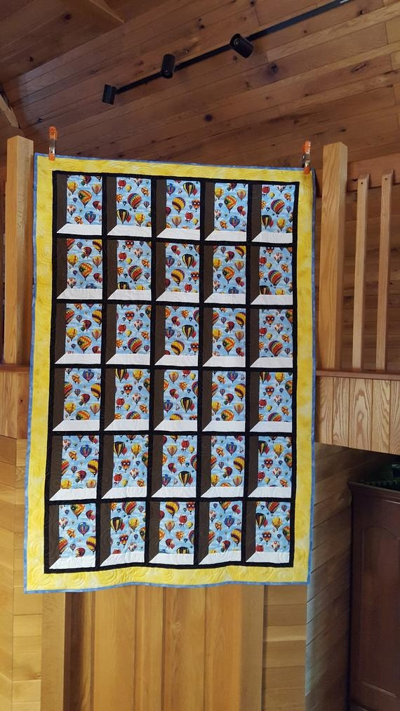 attic window quilt with balloons Elegant Attic Window Quilt Pattern
