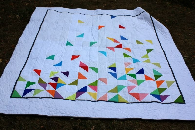 half square triangle falling quilt triangle quilt pattern Modern Quilting Triangles Tips