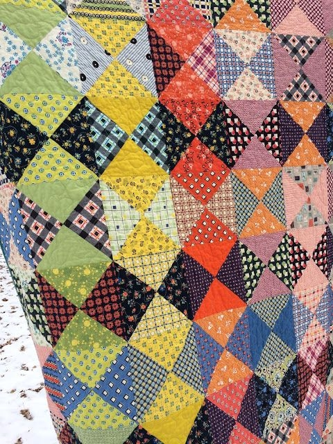 quarter square triangle quilt half square triangle quilts Quarter Square Triangle Quilt Pattern