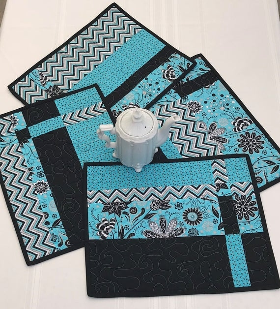 quilted placemat set of 4 aqua and black placemats modern placemats handmade placemats pieced placemats Stylish Modern Quilted Placemat