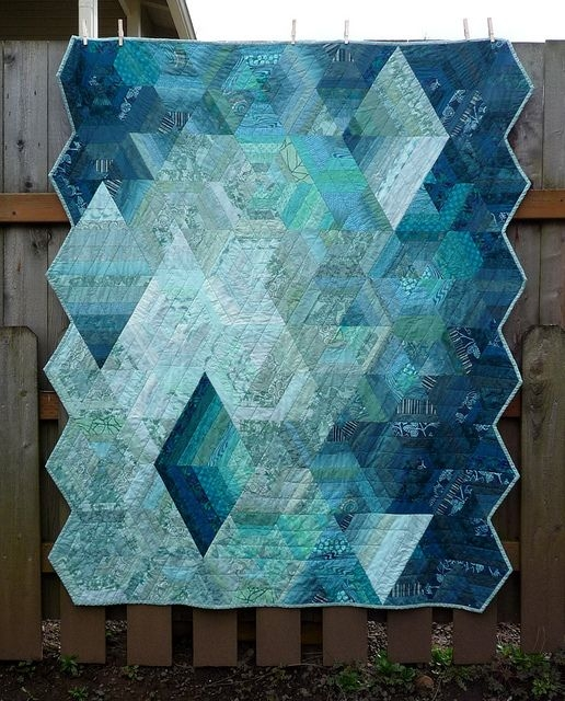 Beautiful 19 quilts monochromatic quilt quilt patterns New Monochromatic Quilt Patterns Inspirations