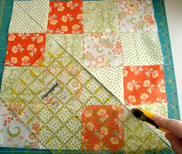 Beautiful disappearing 16 patch quilt block tutorial 11 Cozy 16 Patch Quilt Block Patterns Inspirations