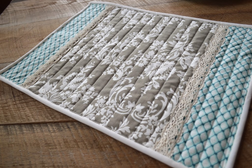 Cool 30 beautiful quilted placemats the funky stitch 9 Elegant Easy Quilted Placemat Patterns