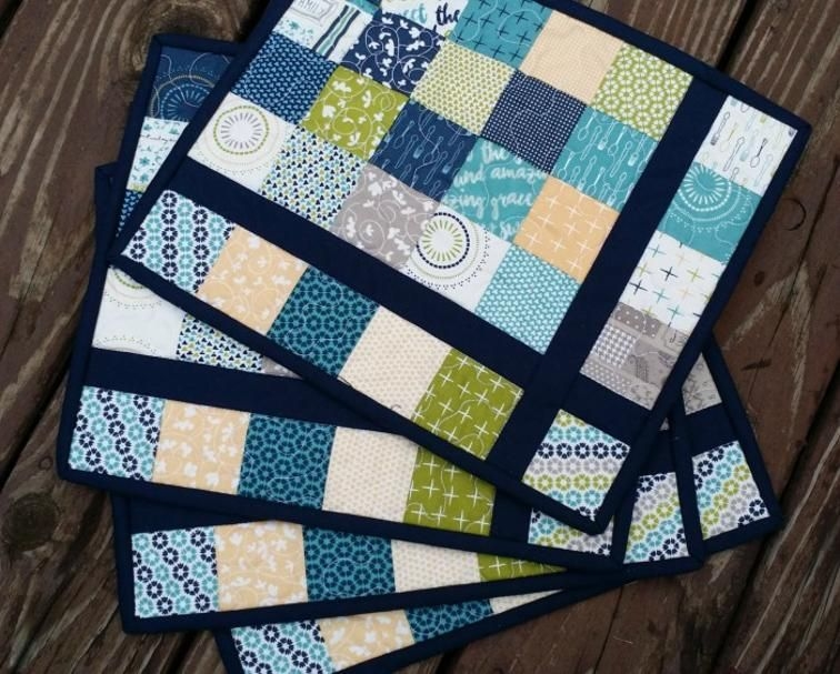 Cool almost plaid placemats tutorial placemats patterns 9 Cozy Quilted Placemat Patterns