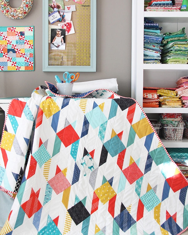 Cool summer houndstooth quilt cluck cluck sew Modern Houndstooth Quilt Pattern Inspirations