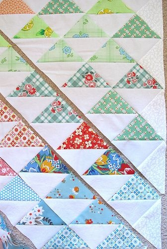 Cool sunshine on my shoulders tutorial quilts triangle quilt Unique Triangle Patchwork Quilt Patterns