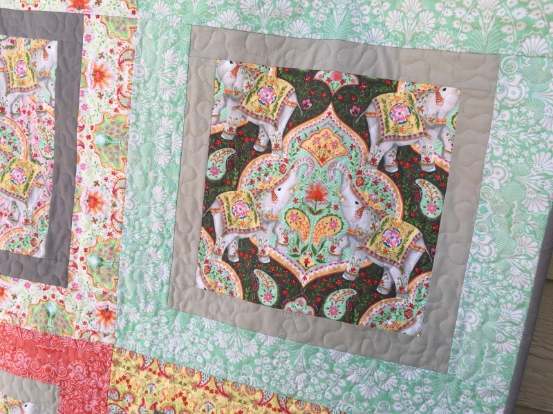 Cozy big print ba quilt free quilt pattern 9 Cool Large Print Quilt Patterns
