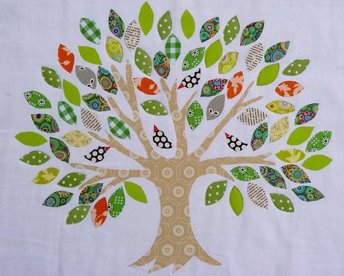 Cozy red pepper quilts family tree raw edge applique New Family Tree Quilt Patterns Inspirations