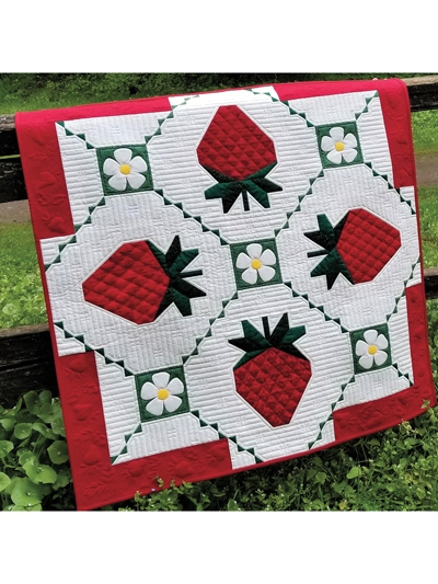 Cozy strawberry splendor wall hanging pattern 10   Quilt Patterns Wall Hangings Inspirations