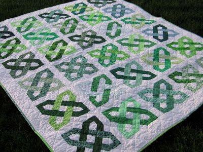 Elegant big finish celtic motion group quilt celtic quilt irish 9 Modern Celtic Quilting Patterns
