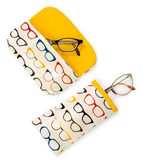 Elegant glasses case free pattern robert kaufman fabric company Modern Quilted Eyeglass Case Pattern
