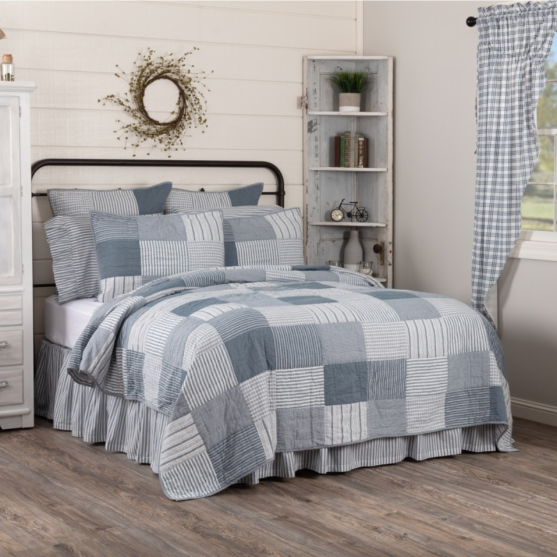 Elegant sawyer mill blue twin quilt 10 Stylish Vintage Twin Quilt Inspirations