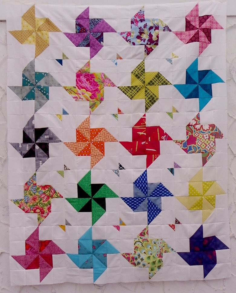 free tutorial half square triangle quilt little island 11 Modern Triangle Free Quilts Inspirations