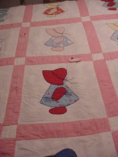 Modern dutch dolls and sunbonnet sues from the past girl quilts 11 Modern Little Dutch Girl Quilt Pattern