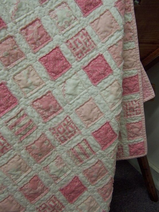Modern pink vintage ba quilt i want this for my granddaughter 9 Stylish Vintage Baby Quilt Inspirations