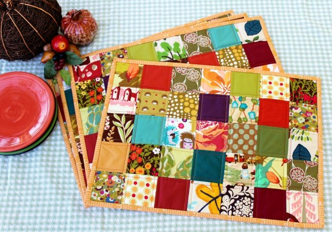 Modern quilted placemat tutorial peek a boo pages 9 Elegant Easy Quilted Placemat Patterns