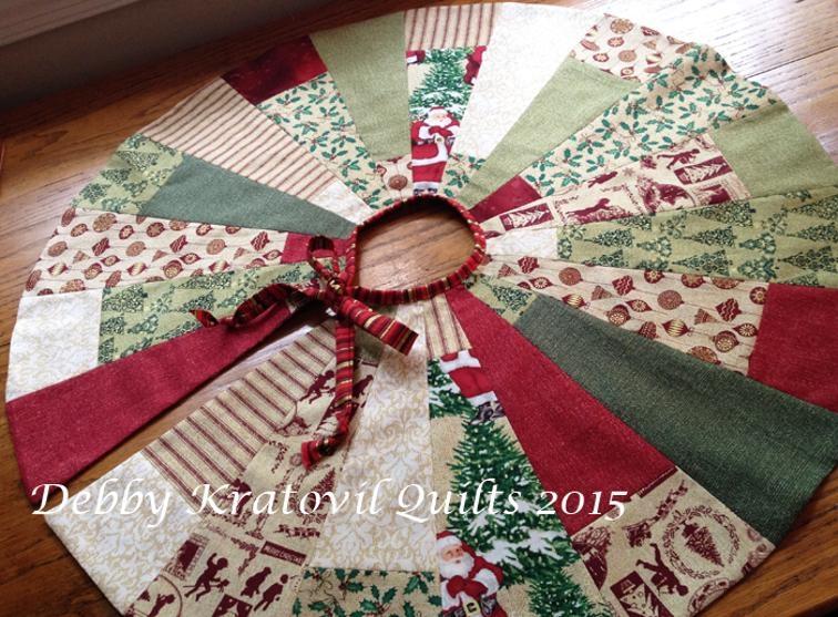 New free quilt pattern christmas tree skirt i sew free 11 Modern Quilt Tree Skirt Pattern Gallery
