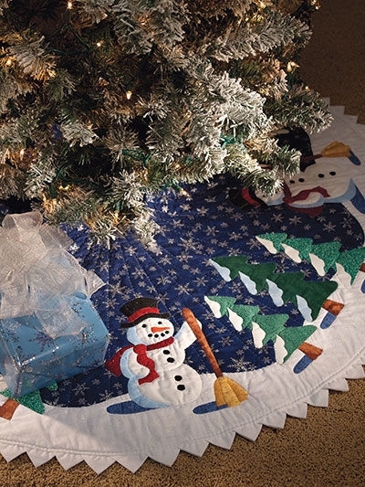 New friendly snowman tree skirt pattern 11 Elegant Tree Skirt Quilt Patterns Inspirations