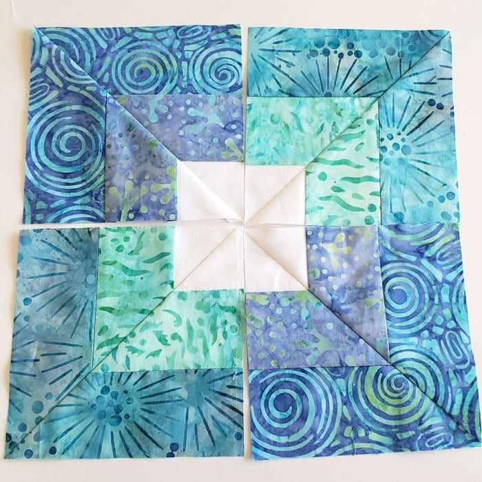New learn how to make an easy square in square quilt block from 11 Stylish Square In A Square Quilt Block Pattern Gallery